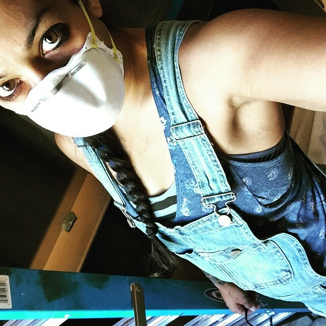 #maskedgirls #prepday #wallcraft #fauxfinishing #paintgirl