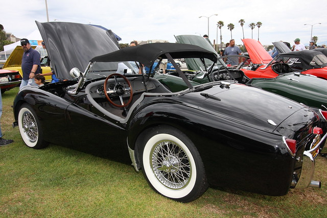 CCBCC Channel Islands Park Car Show 2015 066_zpso9dsqnvr