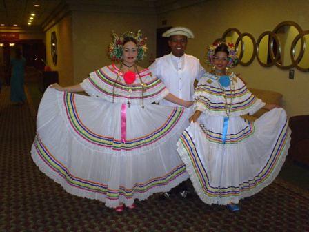 7842cca60 los vestidos folkloricos
