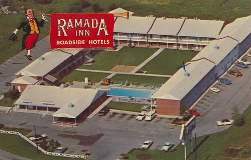 1969 vintage route66 postcard aerialview motel missouri springfield ramadainn xmarksthespot
