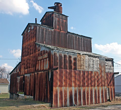 Glenarm IL - Glenarm Grain Co. Elevators (4 of 5)