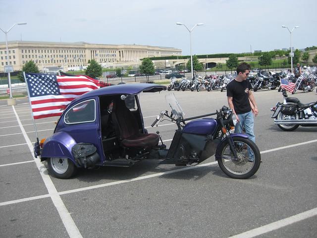 Rolling_Thunder_3_VW_Bug_Bike.jpg