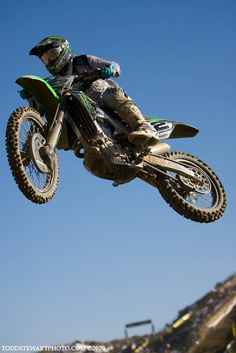 Villopoto hangin it out