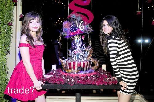 Enjoyable Selena Gomezs Sweet 16Th Noorayu Laksono Flickr Funny Birthday Cards Online Drosicarndamsfinfo