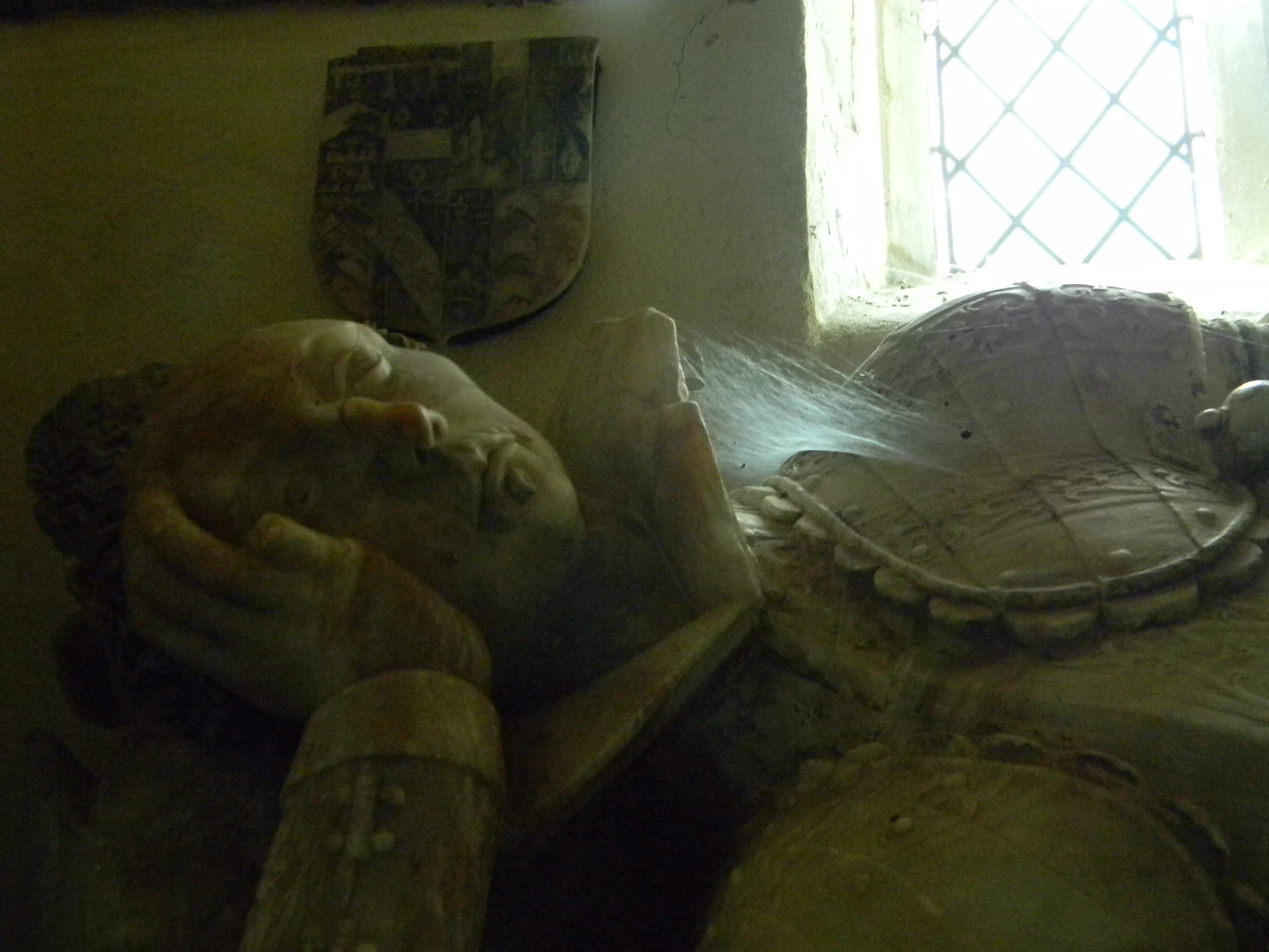 Cobwebbed repose Little Wittenham Church Appleford Circular