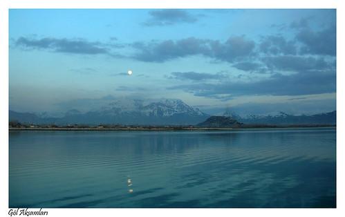 Van Gölü Akşamları