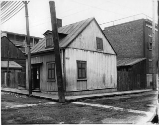 Houses for Mr. Meredith, corner of Barré and Aqueduct Streets, Montreal, QC, 1903
