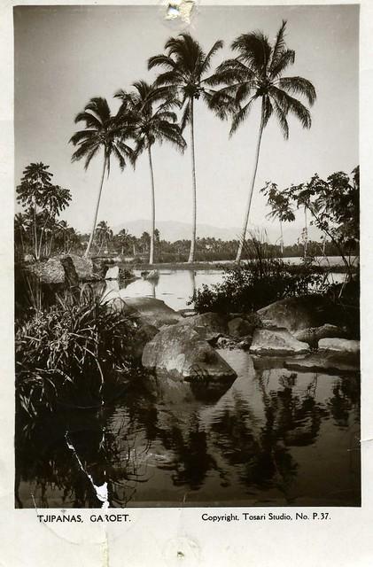 in the former Dutch Indies (Tjipanas , Garoet) , 1930's