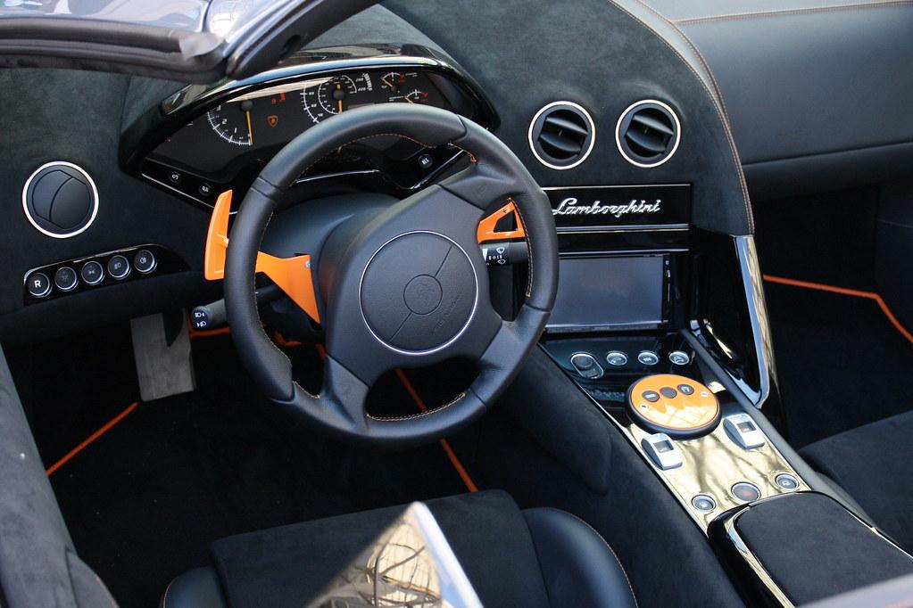 Lamborghini Murcielago Interior Pictures
