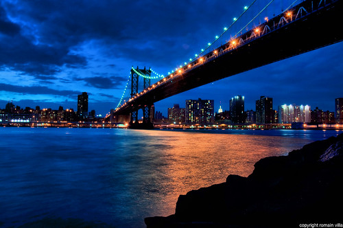 new york city nyc bridge blue ny newyork building night america reflections lights nikon state d manhattan united ponte hour lumiere empire villa pont states nuit reflets romain dri etatsunis batiments d90 amerique romainvilla romvi