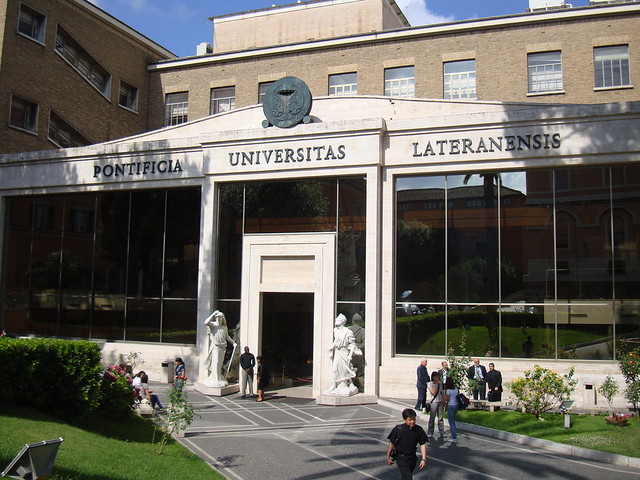 Pontificia Universitas Lateranensis