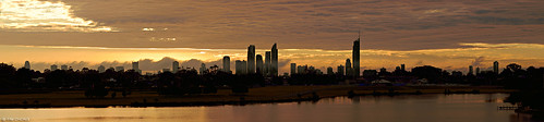 lake skyline sunrise australia queensland aus carrara nikkor105mmf25ais
