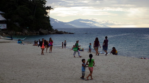 sunset beach philippines puertogalera