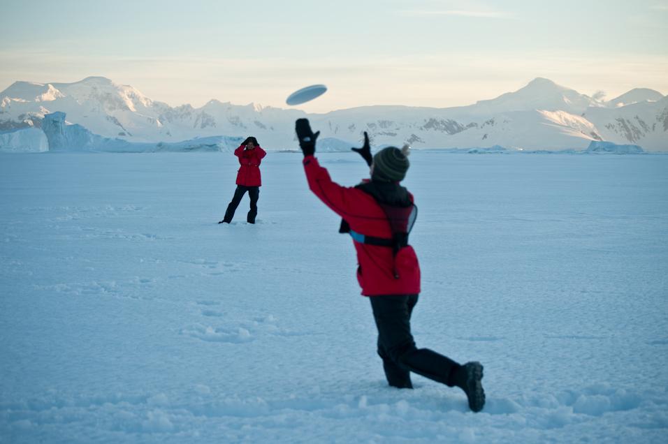 Ice Floe Frisbee
