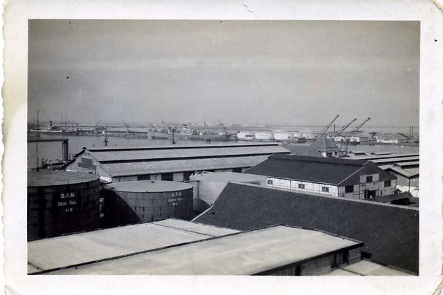 zeehaven/seaport Torrabon , Dutch Indies , late 1930's