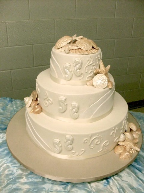 Seahorse/Seashell Wedding Cake- view 2