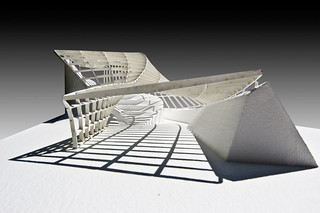 Model Photo: Parametric Gridshell | by conarcist