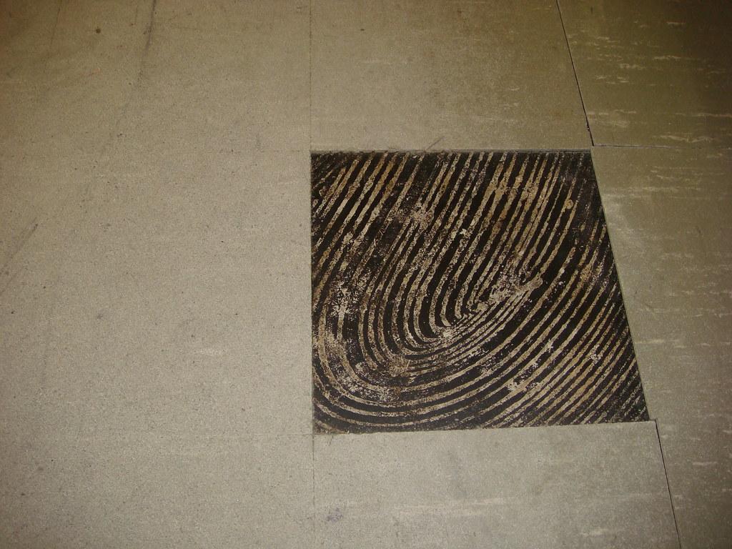 Asbestos Floor Tile Black Mastic Wear Damage Example O Flickr