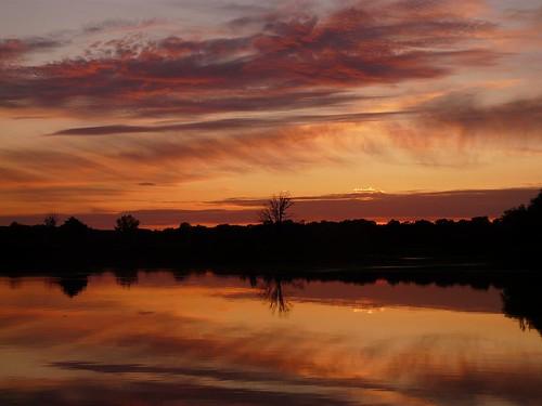 sunsets reflexions mirrorser