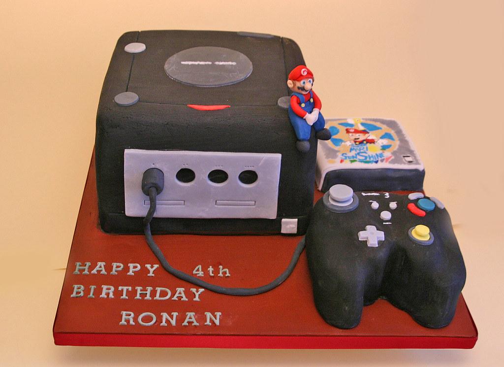 Outstanding Birthday Cake 125 Nintendo Game Cube Paula Jane Bourke Flickr Funny Birthday Cards Online Alyptdamsfinfo