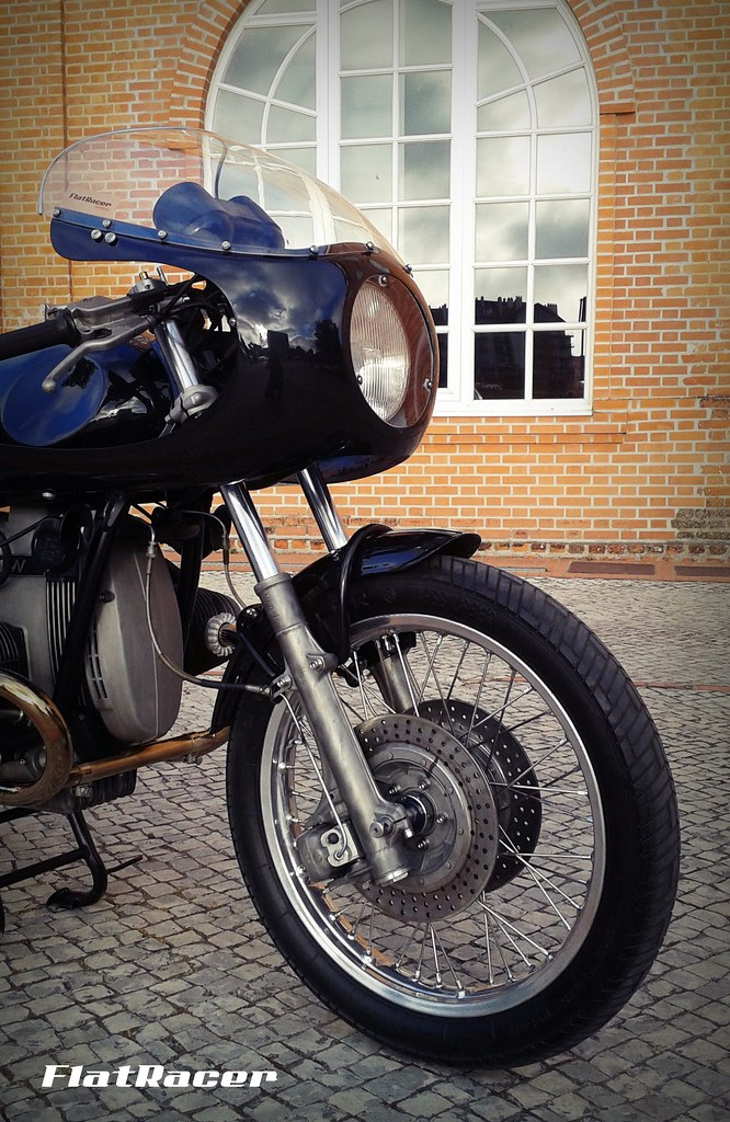 ... FlatRacer BMW R100 RT 1979 The Blaxer Cafe Racer - front detail | by FlatRacer
