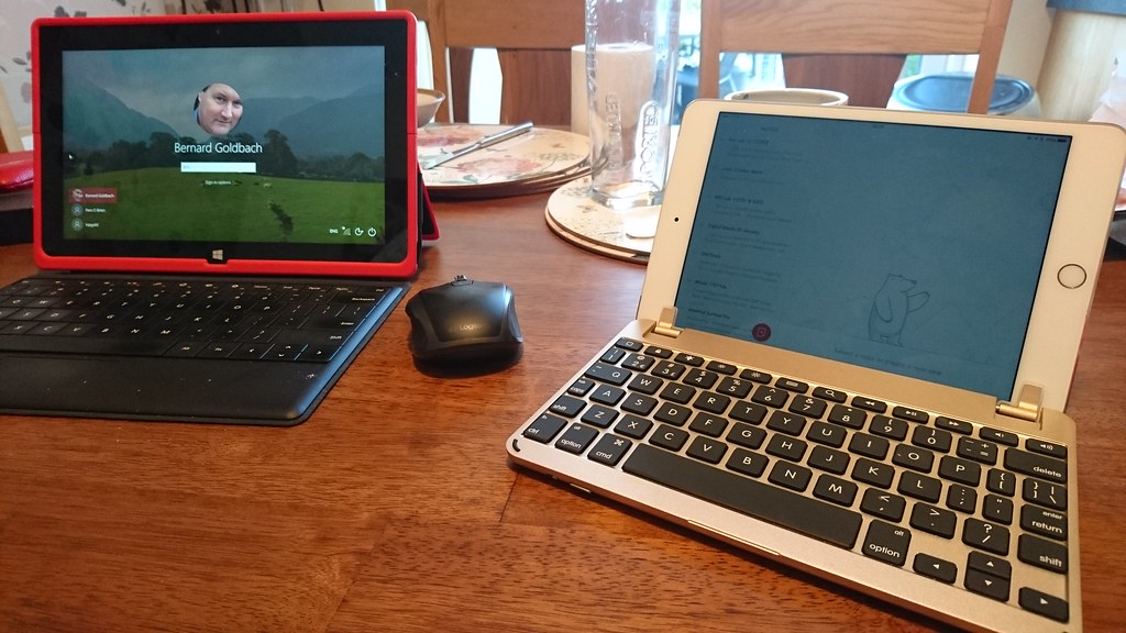 Surface Pro 2 Meets iPad Mini 4 | My dual screen lifestyle 2