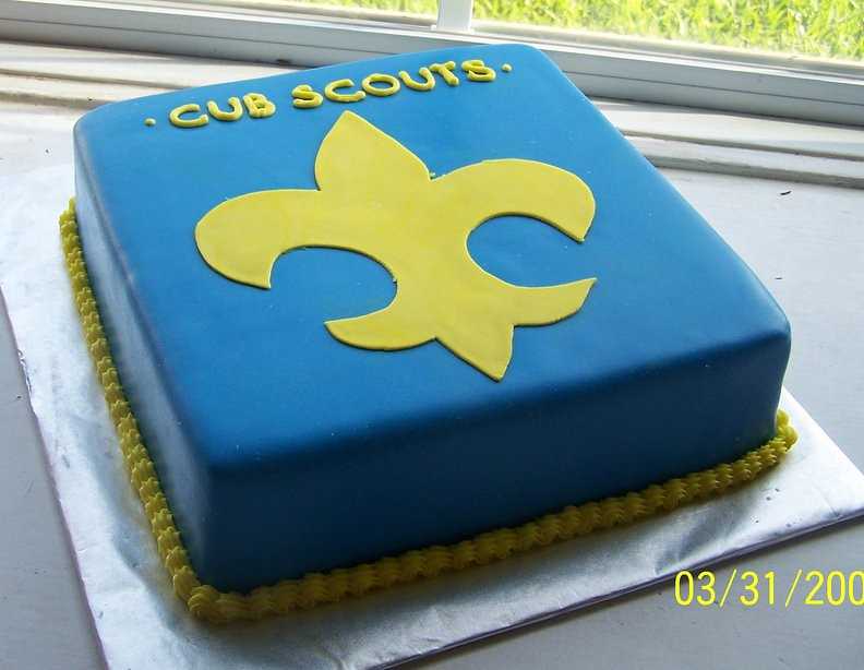 Cool Cub Scout Cake Covered In Fondant With Fondant Accent And Flickr Personalised Birthday Cards Cominlily Jamesorg