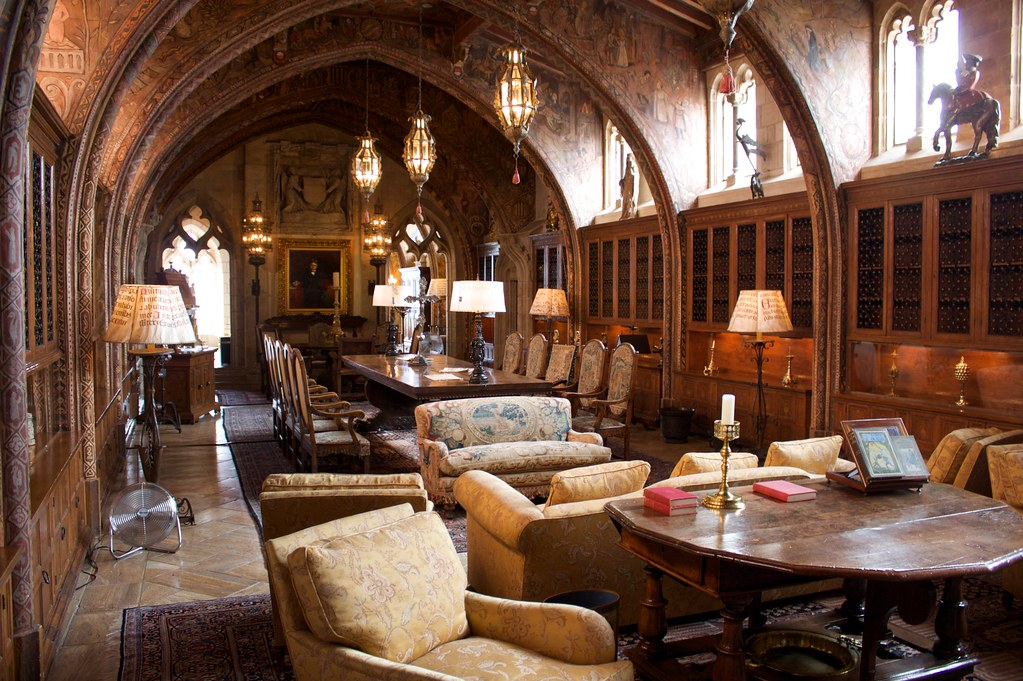 Hearst's Private Library