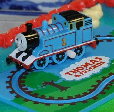 Astounding Thomas Train Birthday Cake This Is A Close Up The Thomas T Flickr Personalised Birthday Cards Paralily Jamesorg