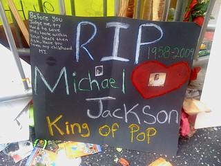 Michael Jackson fan-made memorial | by msenese
