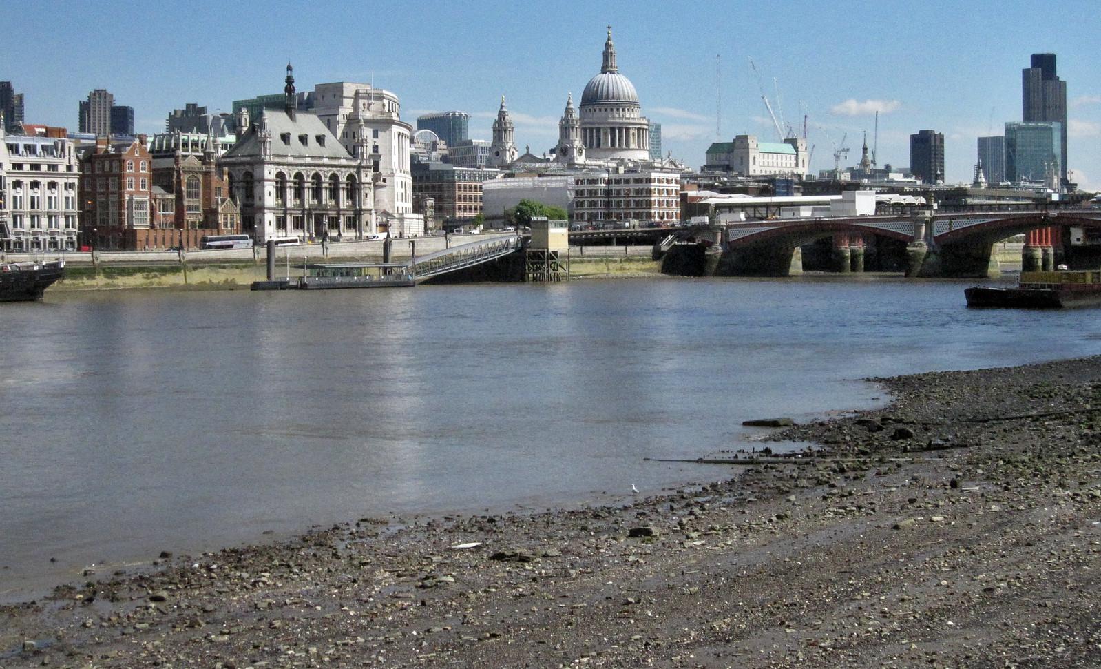 London 348