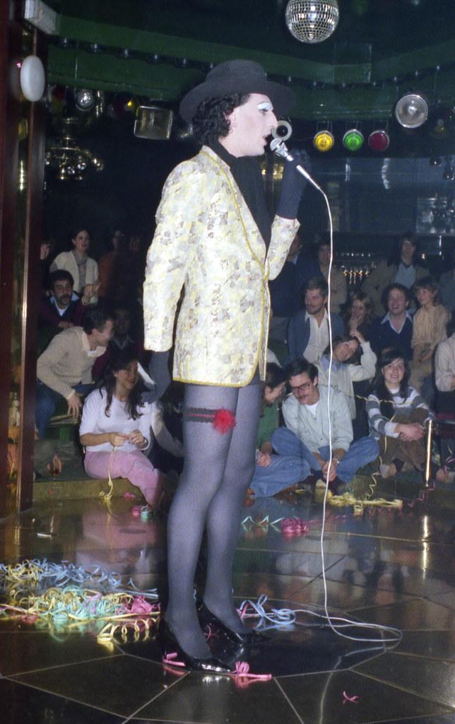 Magnifique Femme Cougar Sur Angers