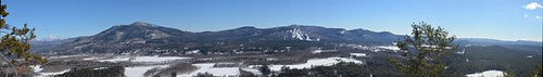 blue sky white ski mountains nikon cathedral conway north newengland nh panoramic ledge mtn range cranmore d5100