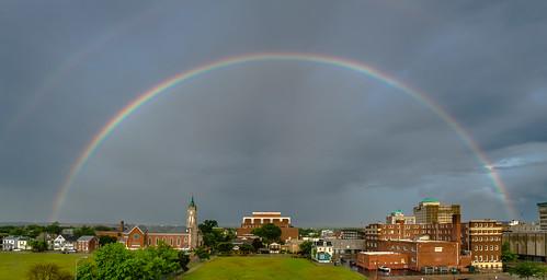 hamilton ohio doublerainbow rainbow unitedstates rain day fav10 fav20 roygbiv