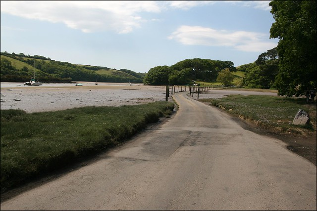 Tidal road at Aveton Gifford