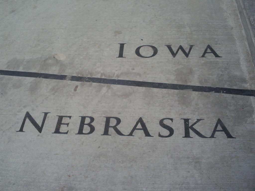 iowa nebraska border on the foot bridged | adam brooks | flickr