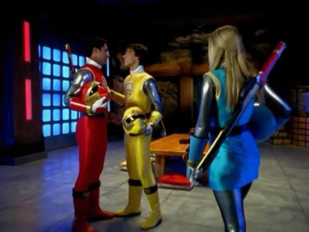 Power Rangers Ninja Storm Tori | Buzzstyle