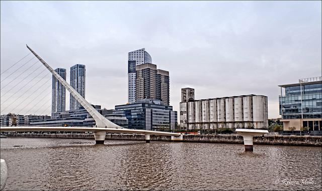 Puente de la Mujer - Women's Bridge