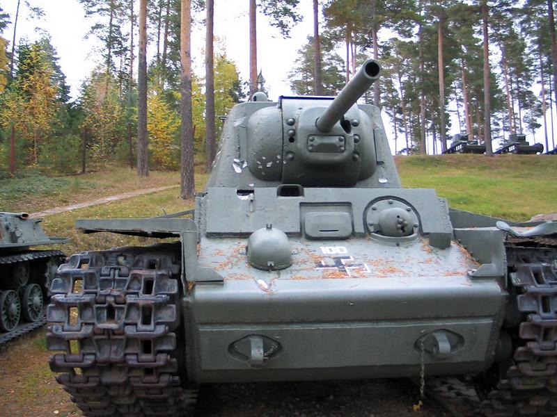 KV-1 obr 1942 (2)