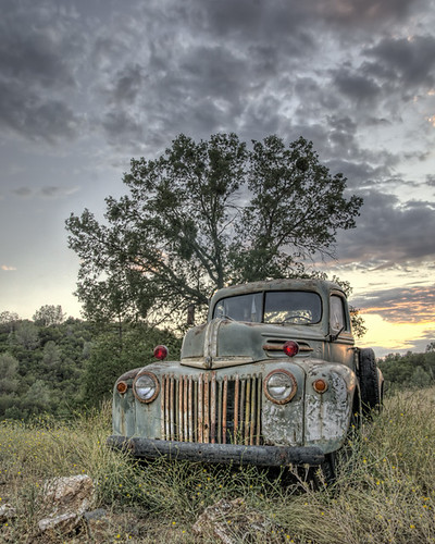 sunset ford northerncalifornia truck rusty oldtruck hdr topaz lightroom goldcountry hwy49 angelscamp calaverascounty tamron175028 sonya580