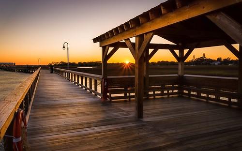 wood light sunset sky orange brown lamp yellow pier day quiet mountpleasant southcarolina peaceful clear charleston cooperriver ravenelbridge 2485mm shemcreek curtiscabanaphotography nikond610 shemcreekboardwalk