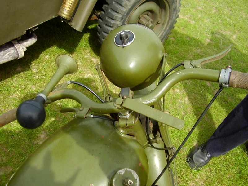 Royal Enfield Motor Cycle (7)