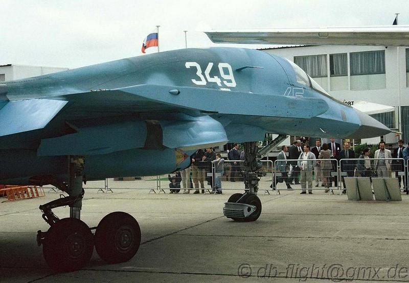 Sukhoi Su-32FN (6)