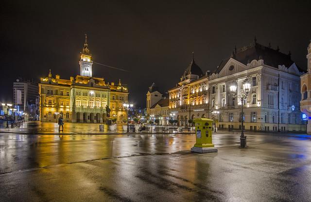 Gradska kuca Novi Sad novogodisnje ukrasena
