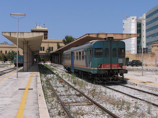 ALn 668 3008 in Trapani op 2-6-2008