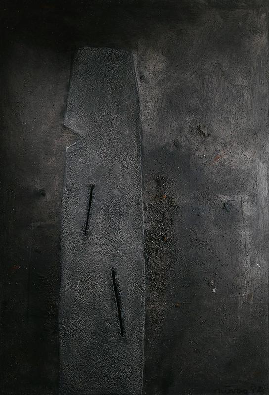 Forme erecte a deux fentes.