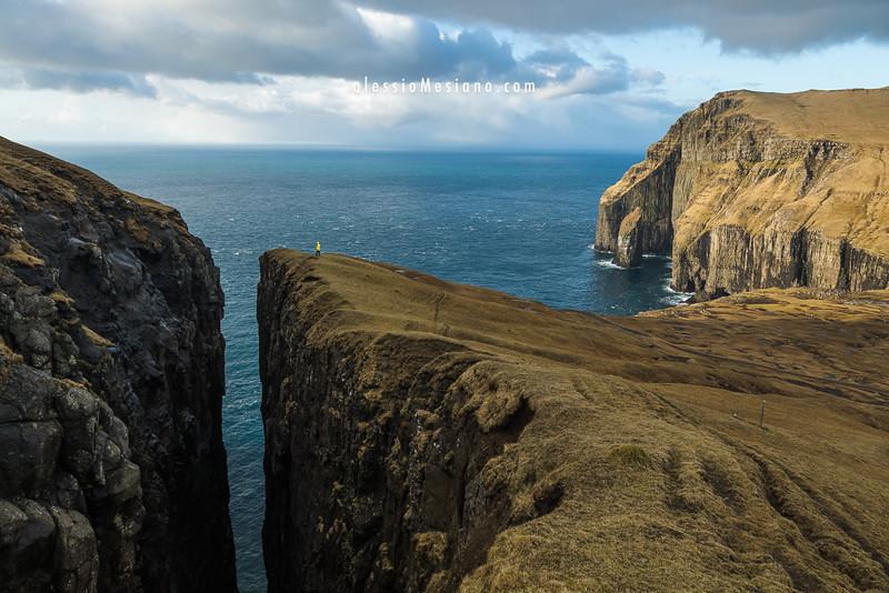 High cliffs in Suðuroy