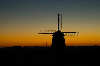Windmill at sunset - DSC02344 (Large) | by Fred_St