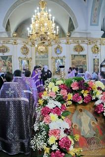 Литургия в Покровском соборе 385