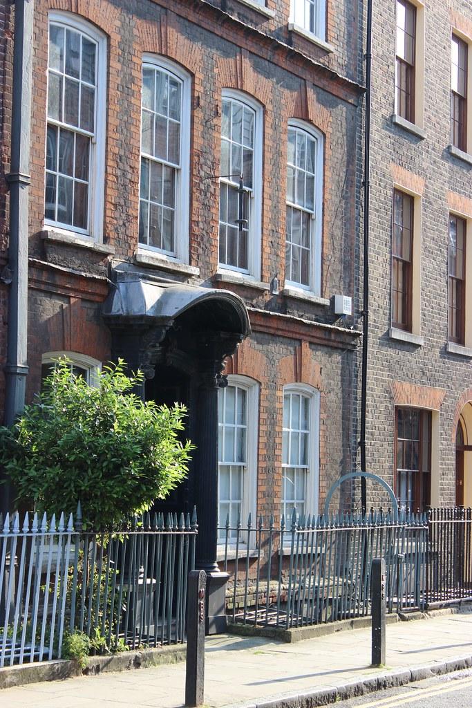 Spitalfields London: 14, Fournier Street, Spitalfields, London (1726)